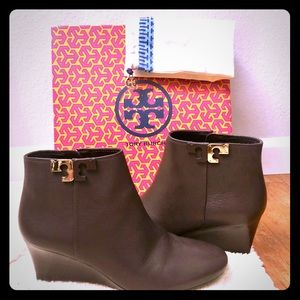 Tory Burch booties size9